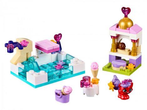 41069 LEGO® Disney Princess™ Treasure egy napja a medencénél