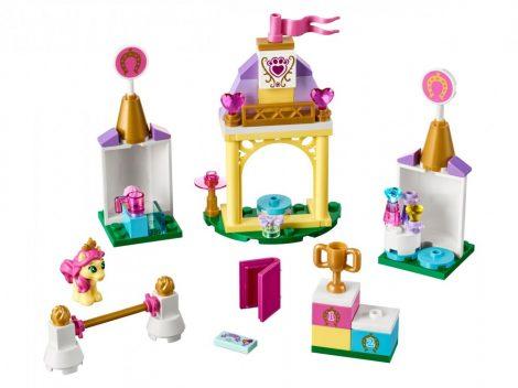 41144 LEGO® Disney Princess™ Pöti királyi lovardája