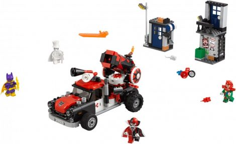 70921 LEGO® The LEGO® Batman Movie Harley Quinn™ ágyúgolyós támadása
