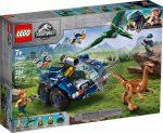 75940 LEGO® Jurassic World™ Gallimimus és Pteranodon kitörése